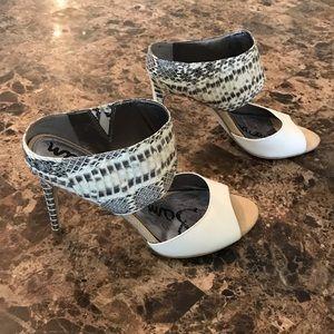 Sam Edelman Cream Snake heels